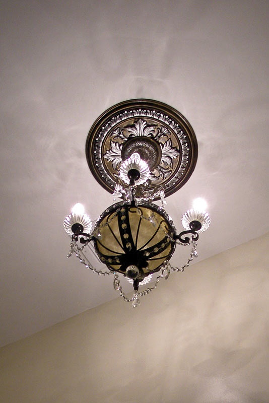 Antiqued Ceiling Medallion