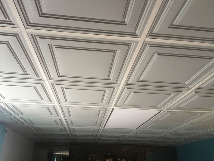 2x4 Stone Stratford Ceiling Tile in a Grid