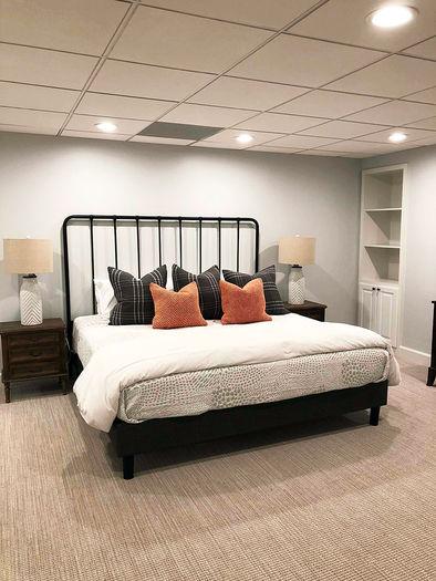 2x2 Mineral Fiber Tegular Ceiling Tiles in Bedroom